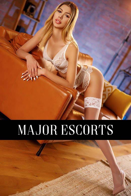 London escort Polly